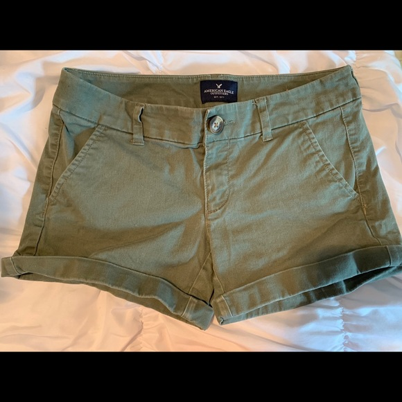 American Eagle green shorts size 2